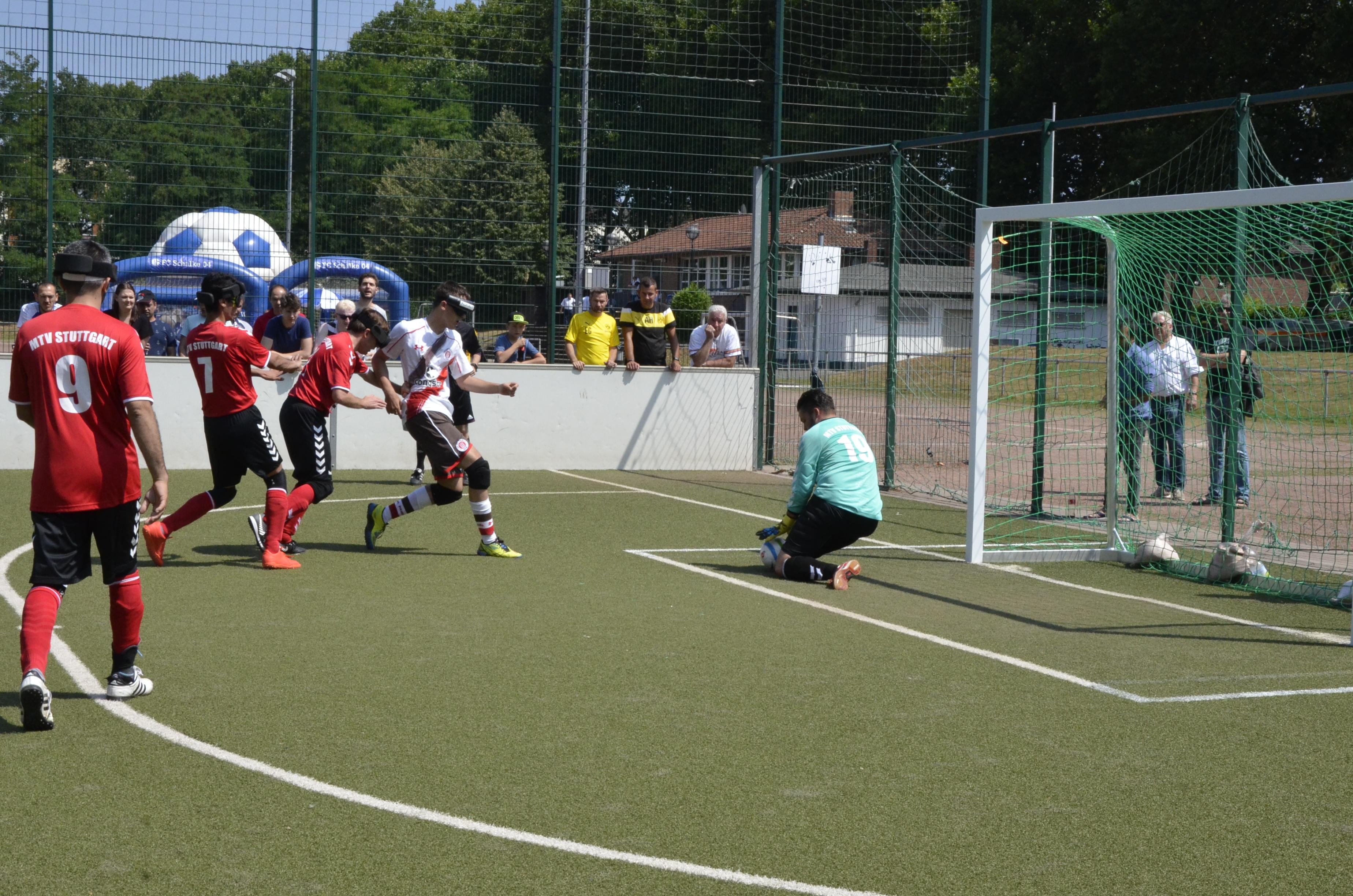 0:1 gegen Stuttgart, 5:0 gegen Chemnitz - Blindenfußballer weiter Spitzenreiter