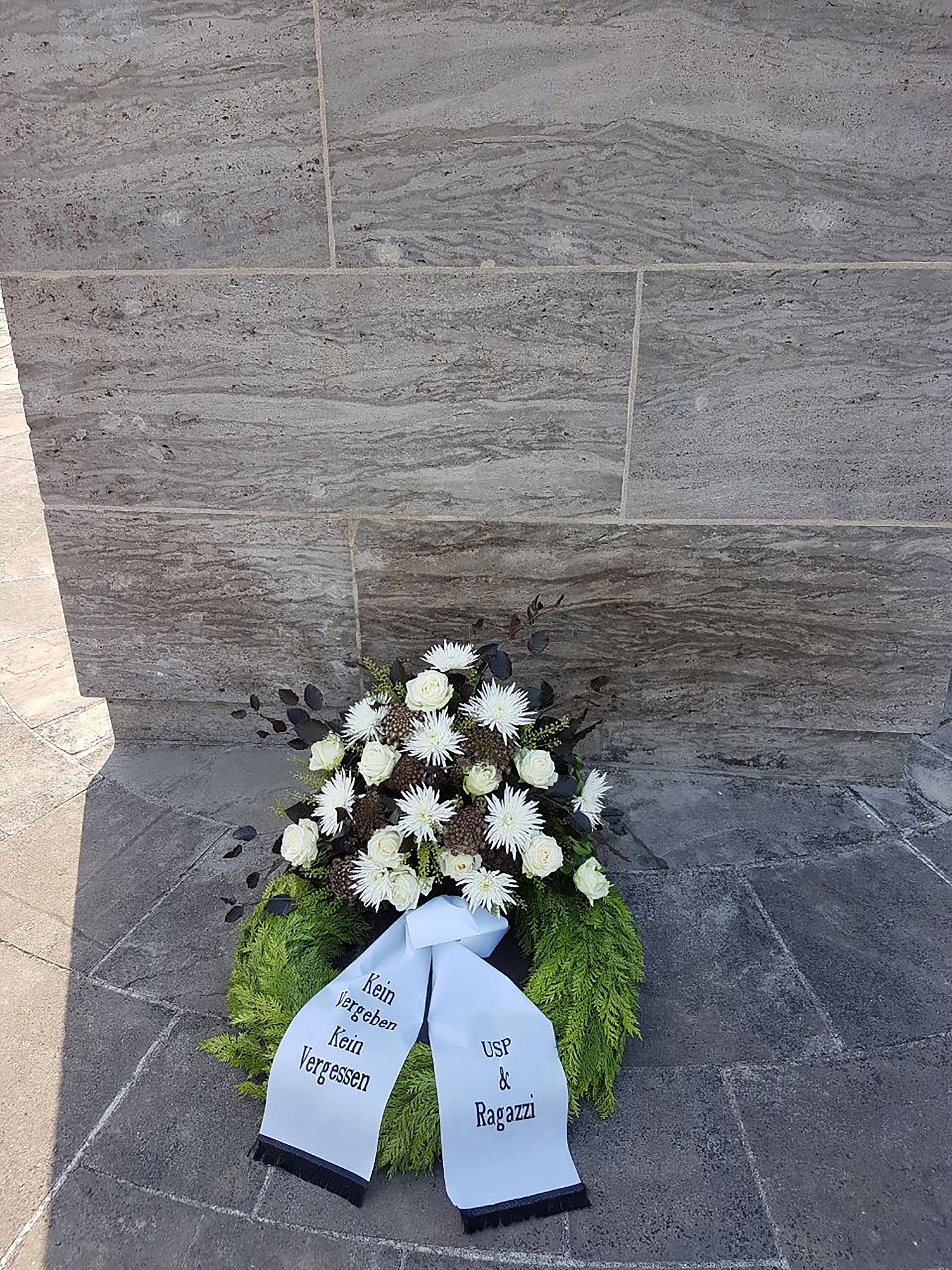 Gedenkstättenfahrt der Ragazzi U18 nach Bergen-Belsen