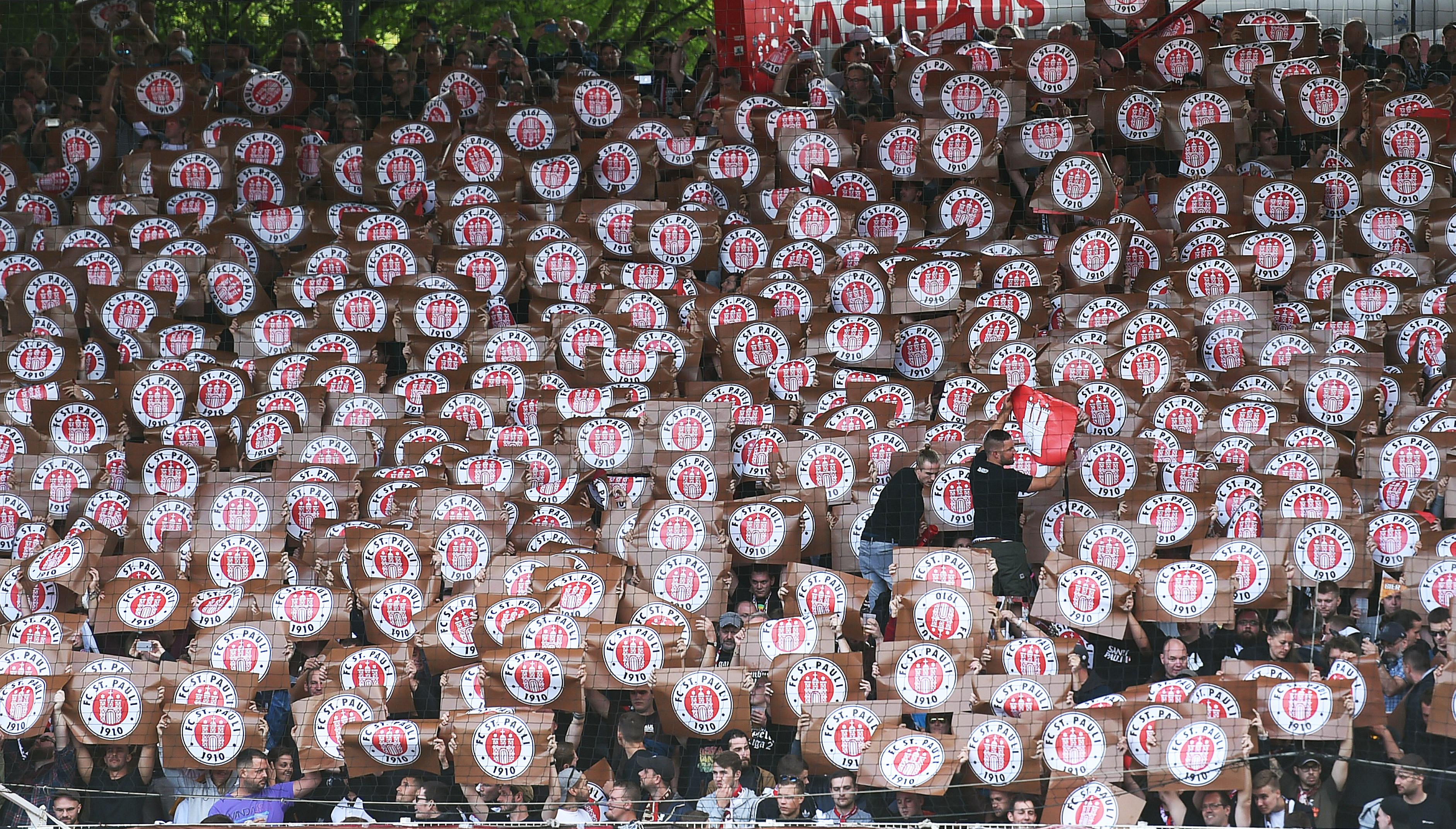 Zu Gast beim 1. FC Köln - ausverkaufter Gästeblock