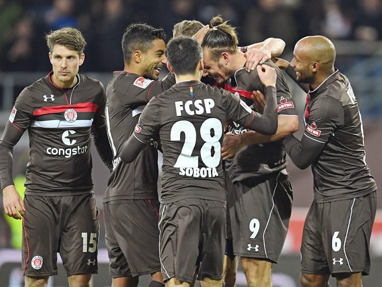 f8cb114a88c FC St. Pauli - 1. FC Union Berlin 3 2 - FC St. Pauli