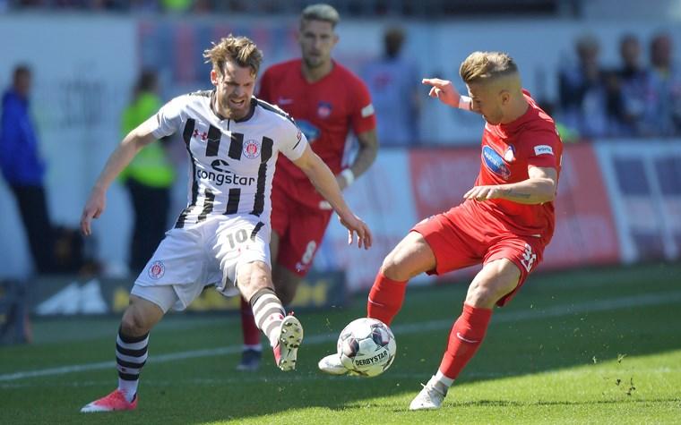 Kartenverkauf für Spiele in Nürnberg, Heidenheim und Aue
