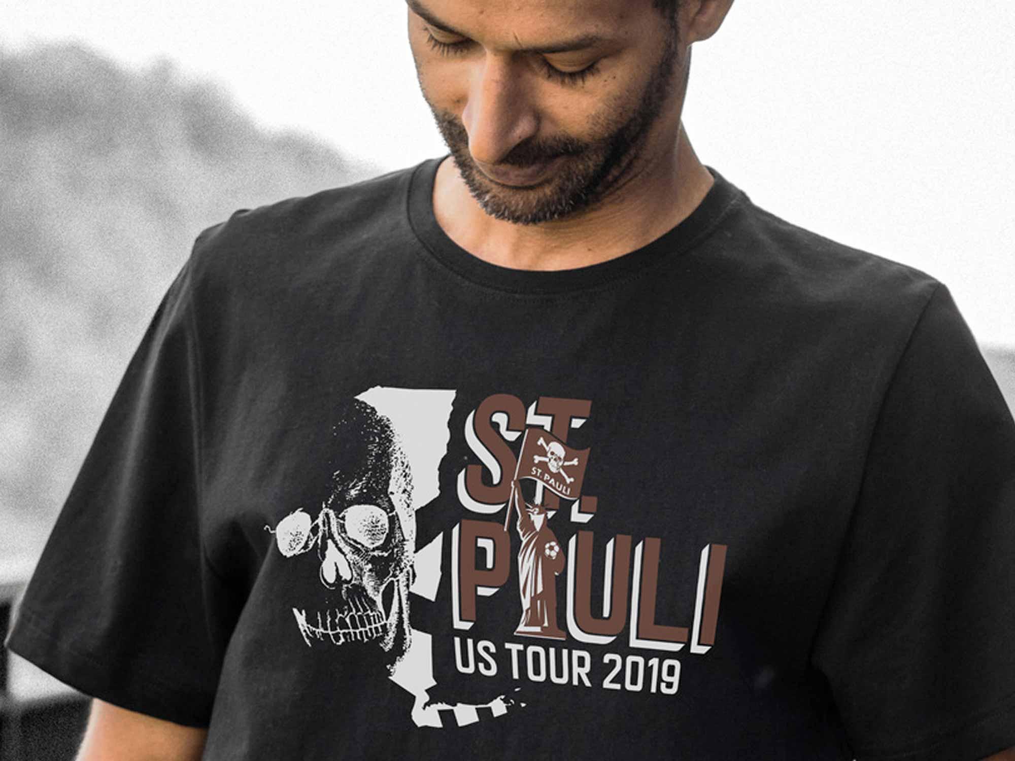 US-Tourshirt erhältlich
