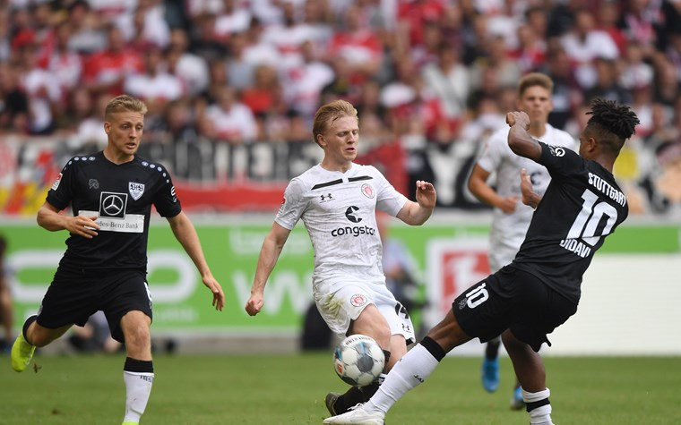 Bittere Last-Minute-Niederlage – Kiezkicker verlieren 1:2 in Stuttgart