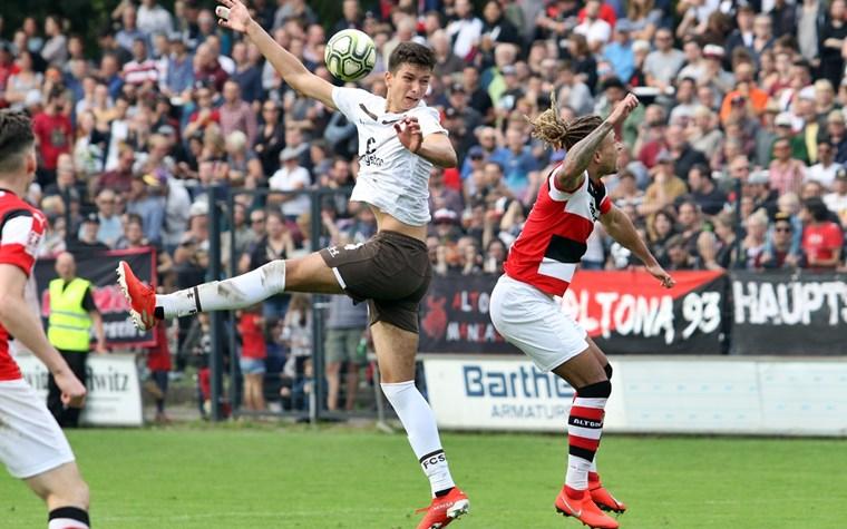 NFV gibt Staffeleinteilungen der Regionalliga Nord bekannt: Drei Stadtderbys für die U23