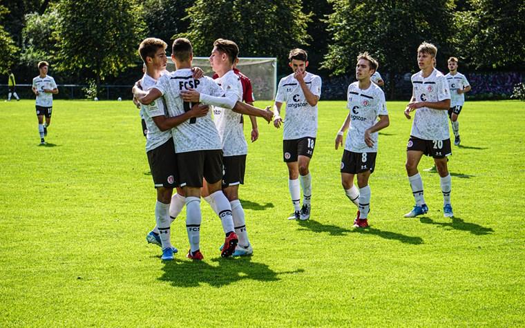 U19 mit drittem Sieg am Stück - U17 feiert Auswärtssieg in Hannover