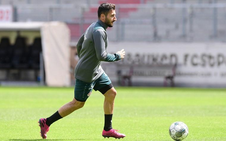 Der FC St. Pauli stellt Cenk Sahin frei
