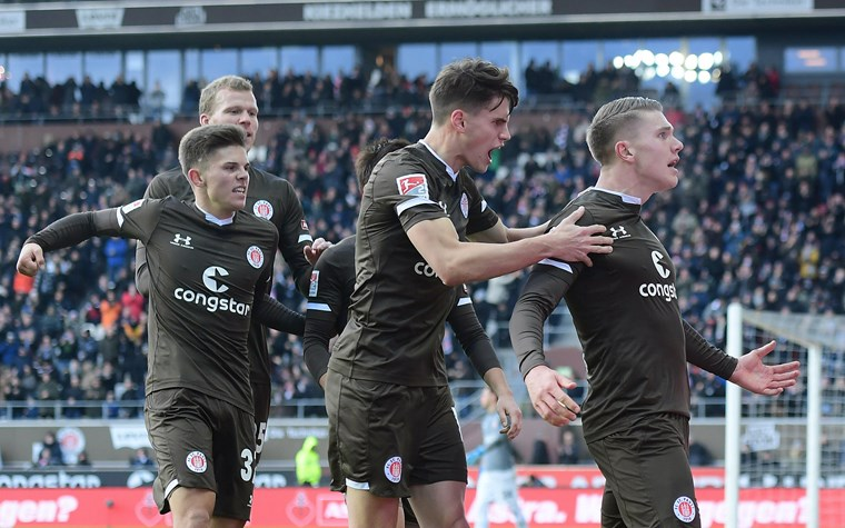 Durchatmen am Millerntor – 3:1-Erfolg gegen Wiesbaden