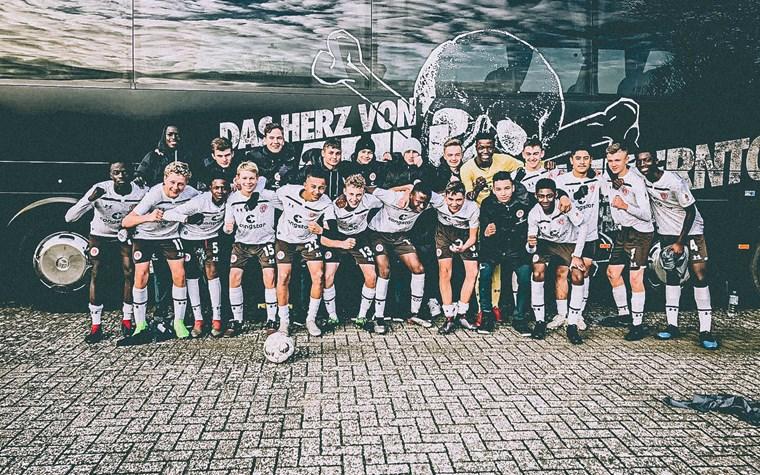 U19 bei Tabellenführer Bremen chancenlos - U15 siegt mit Fünferpack