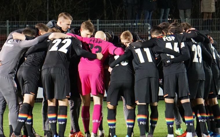 1:2 gegen Lübeck: Sezer-Freistoßtor fällt zu spät