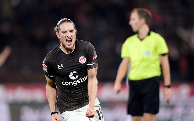 2:2 gegen Nürnberg - Buballa sichert einen Punkt für starke Kiezkicker