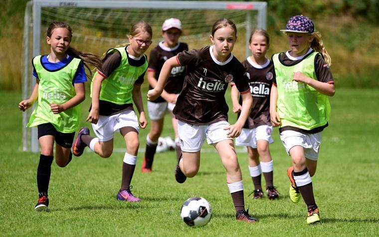 Dezember-Aktion bei Rabauken-Fußballcamps