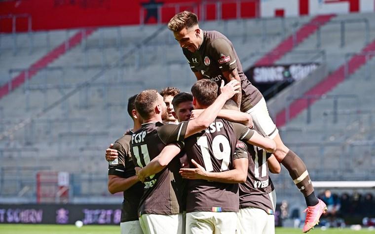 4:0 gegen Würzburg - Furiose Kiezkicker mit höchstem Heimsieg seit vier Jahren