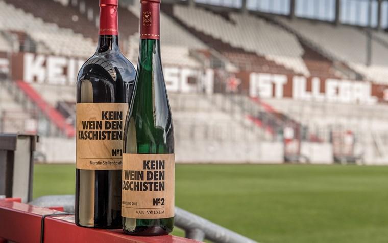 """""""Kein Wein den Faschisten"""": FCSP-Museum startet Weinkollektion"""