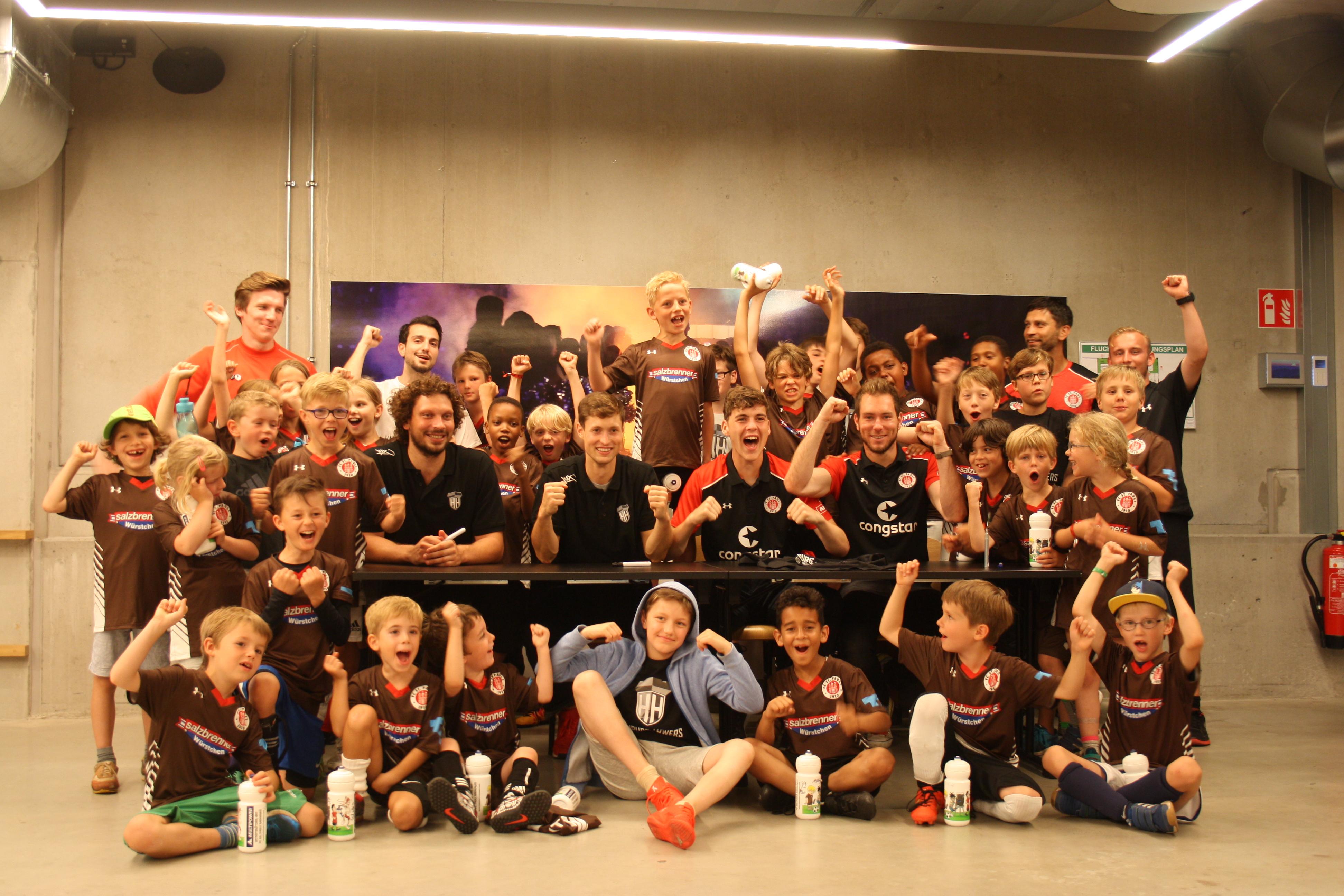 Basketball- und Fußballcamp mit den Hamburg Towers