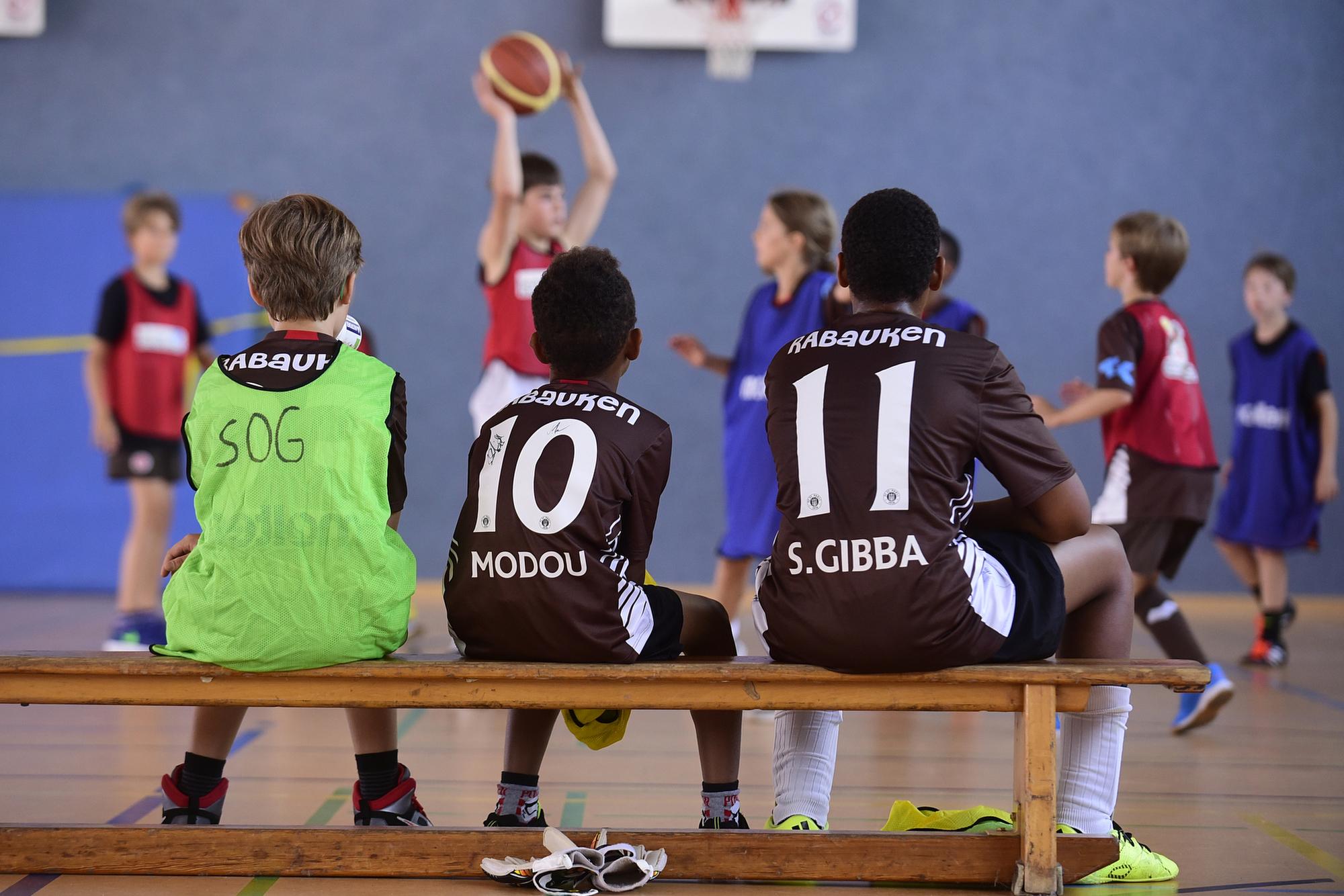 Basketball-/Fußballcamp mit den Hamburg Towers