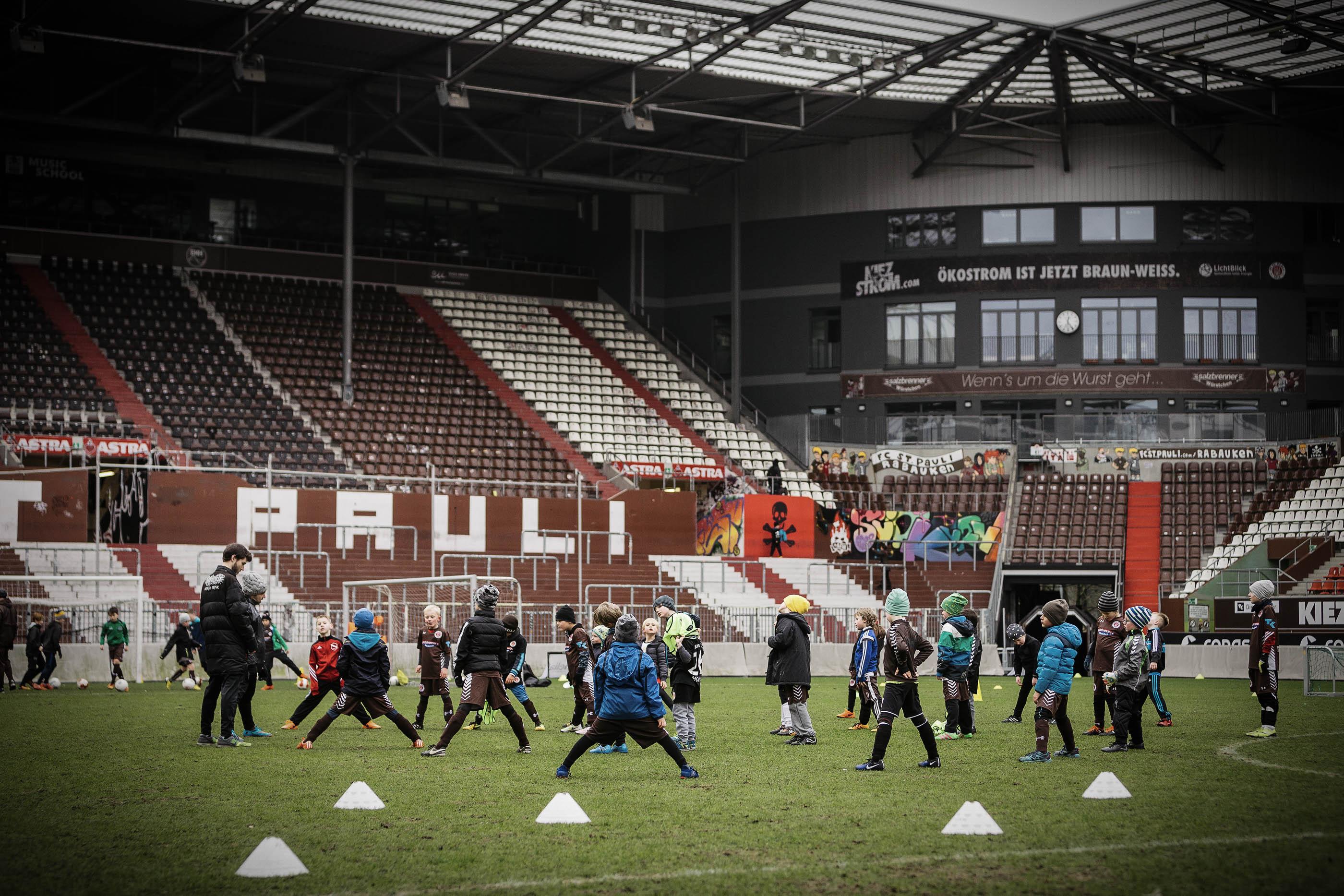 Feier' mit beim 10. Rabauken-Geburtstag - Stadiontraining & großes Rahmenprogramm