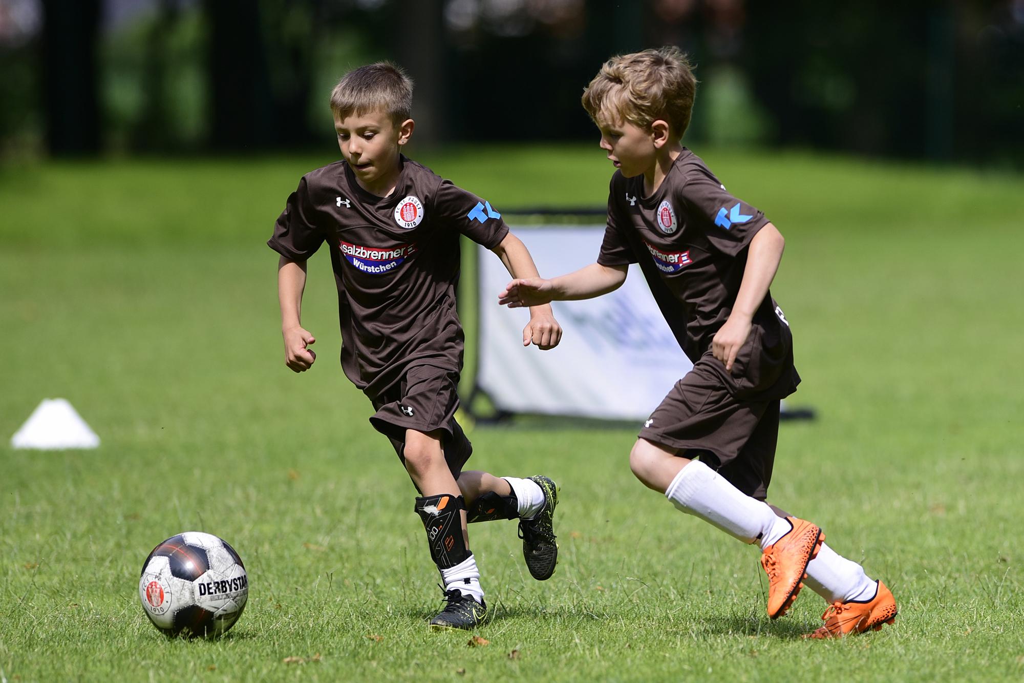 Bundesweit noch Plätze in der Rabauken-Fußballschule frei