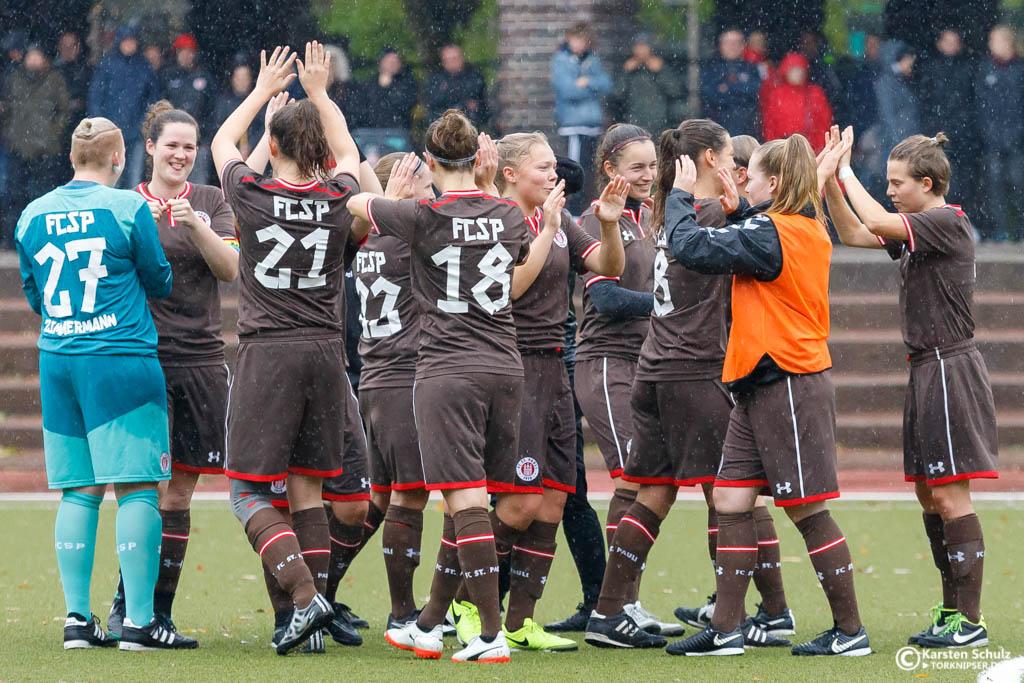 3:0 gegen Werder Bremen II - 1. Frauen besiegen Vorjahresmeister