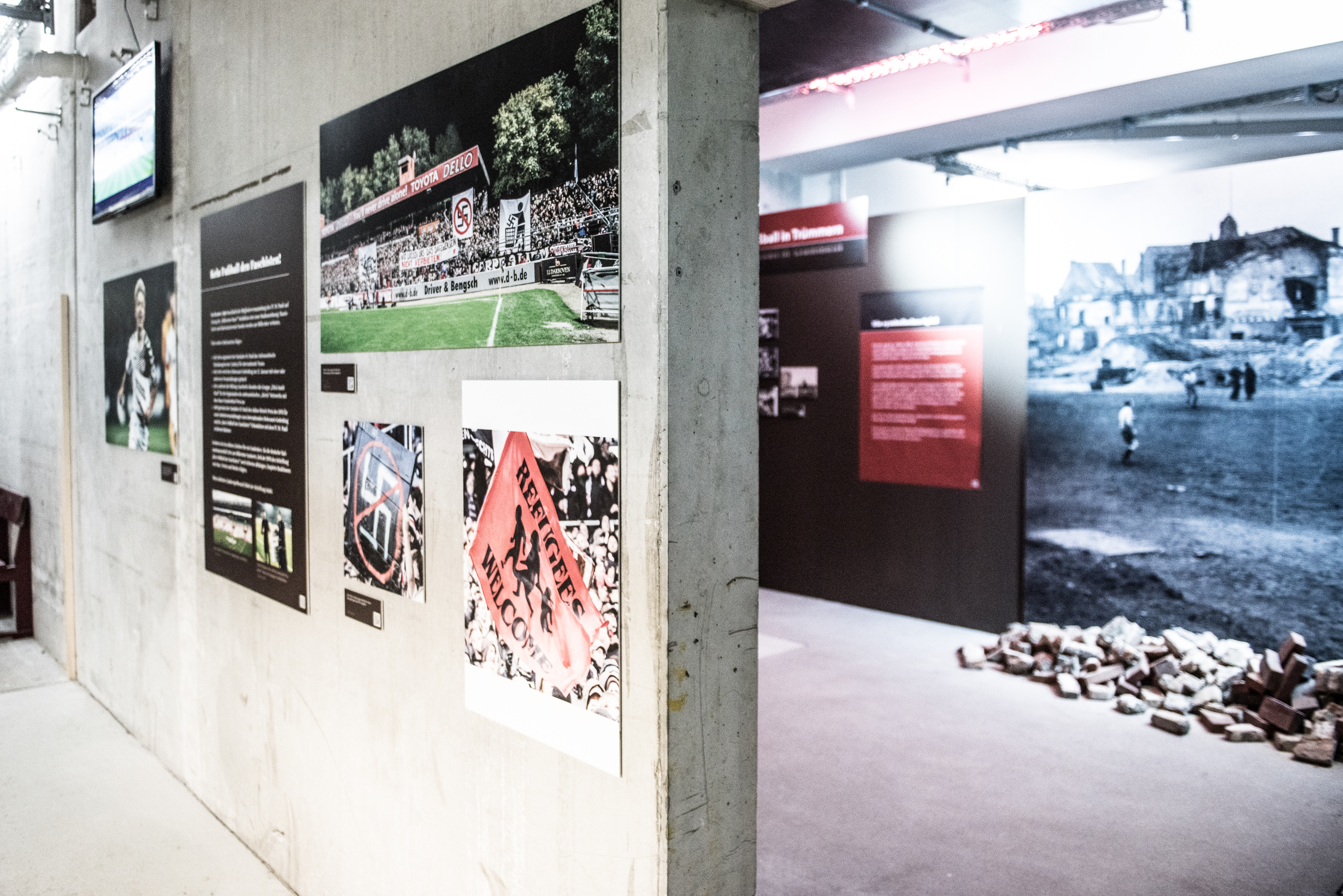 """""""Fussball in Trümmern"""": Begeisterte Resonanz, Rahmenprogramm und Führungen"""