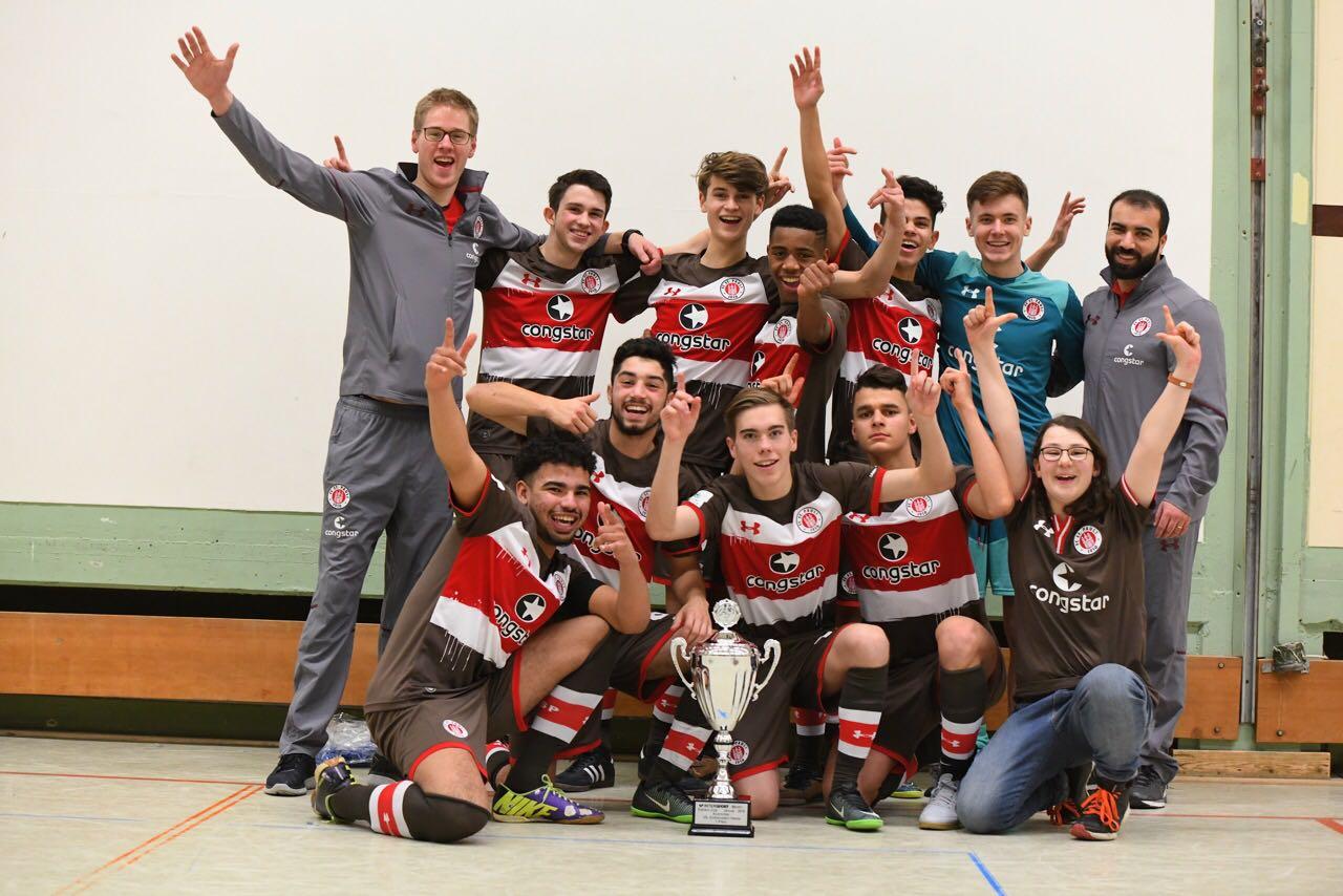 U23 jubelt in Ibbenbüren, U17 verteidigt Titel in Stade