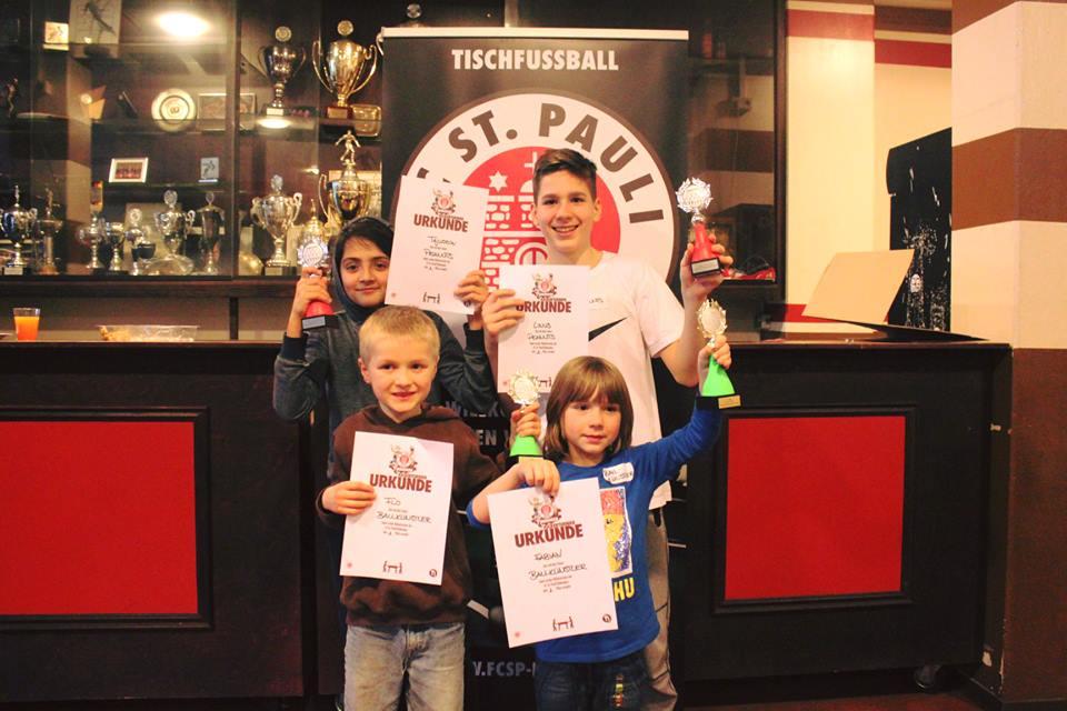 Erstes FC St. Pauli Rabauken Kickerturnier hat seine glücklichen Sieger gefunden!