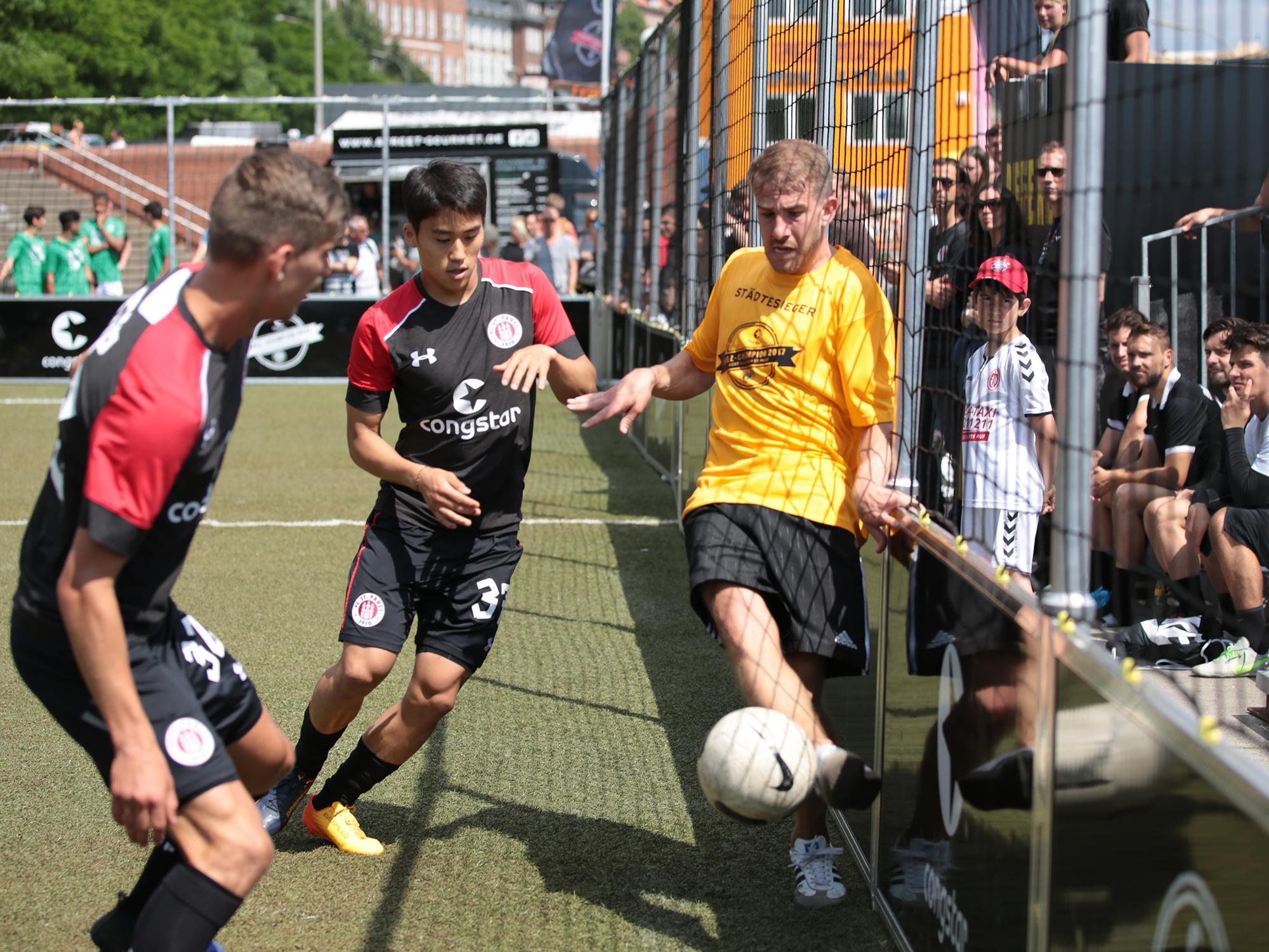 FC St. Pauli und congstar suchen den KIEZ-CHAMPION 2018