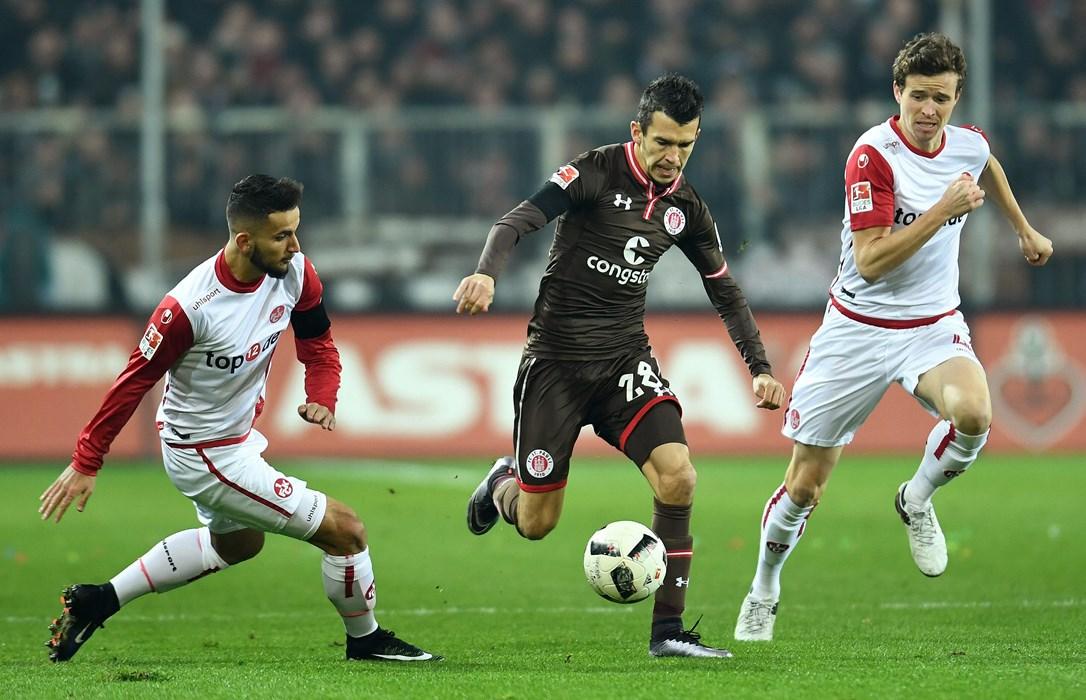 Von 34 möglichen Ligaspielen bestritt Waldemar Sobota 31. Der offensive Außenbahnspieler stand dabei jedes Mal in der Startelf, erzielte ein Tor und bereitete sechs Treffer vor.