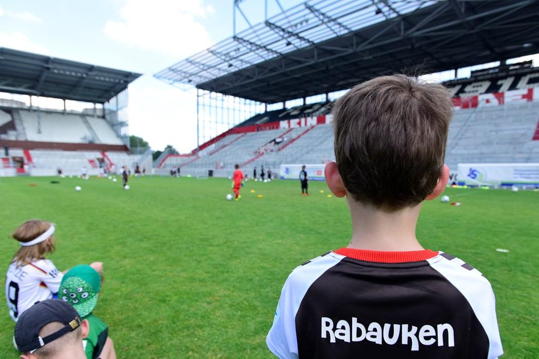 FC St. Pauli Rabauken Stadiontraining