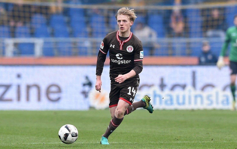 In der Rückrunde kam Møller Dæhli 13 Mal für unseren FCSP zum Einsatz, dabei stellte der vom SC Freiburg ausgeliehene Mittelfeldspieler neben seinen fußballerischen auch seine läuferischen Qualitäten unter Beweis.