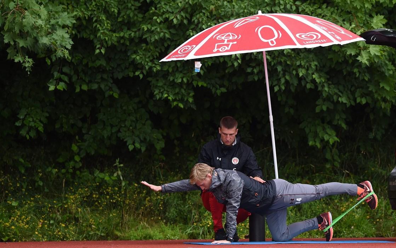 Mats Møller Dæhli arbeitete vormittags individuell mit Athletiktrainer Valentin Lay, ehe es am Nachmittag zurück ins Mannschaftstraining ging.