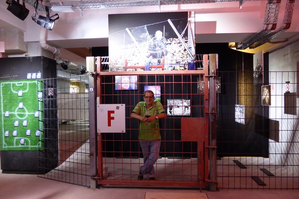 Mehr als 100 Bilder von Thorsten Baering könnt Ihr noch bis Sonntagabend (20 Uhr) im zukünftigen FCSP-Museum bestaunen.