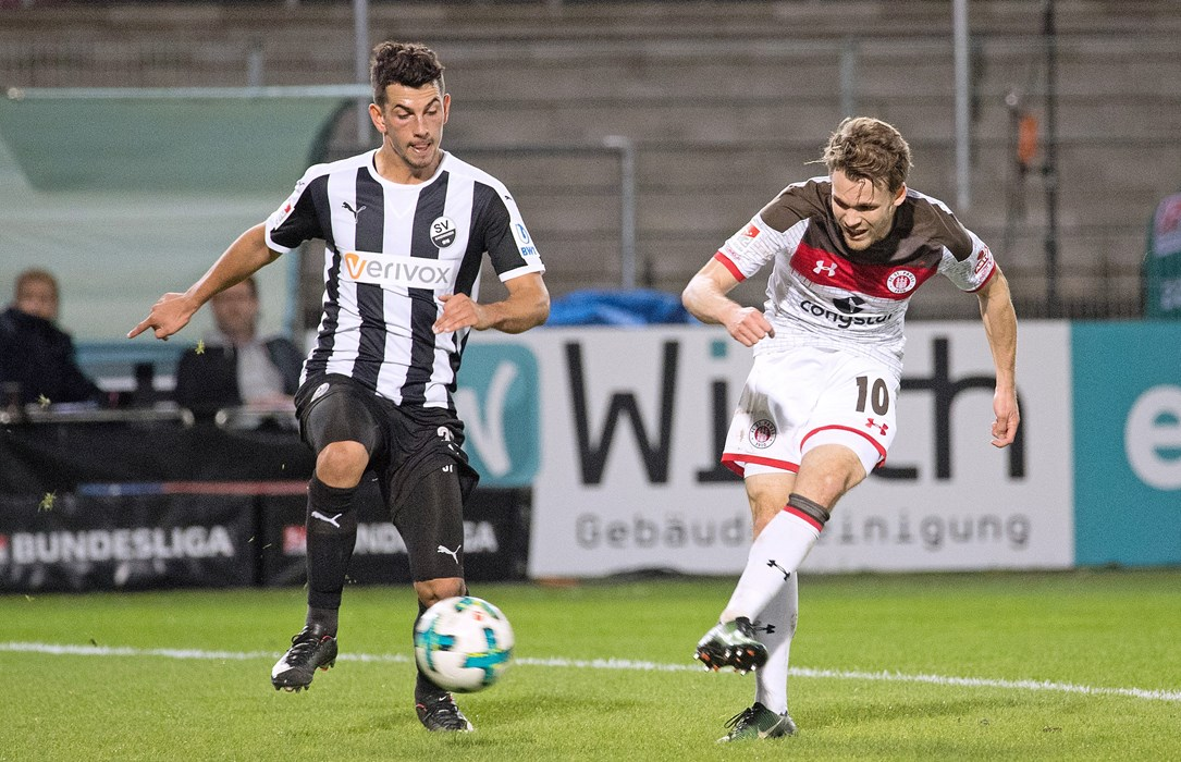 Christopher Buchtmann narrowly failed to beat goalkeeper Marcel Schuhen in the first half.
