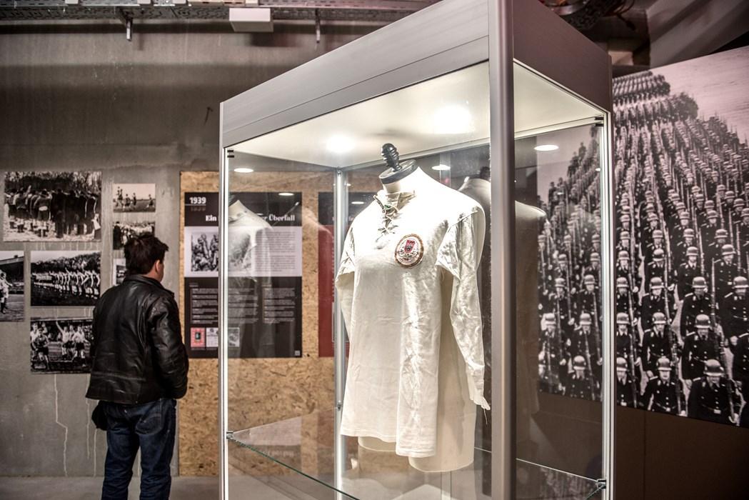 Krieg in den Fasern: Das älteste erhaltene Trikot des FC St. Pauli stammt aus dem Jahr 1939