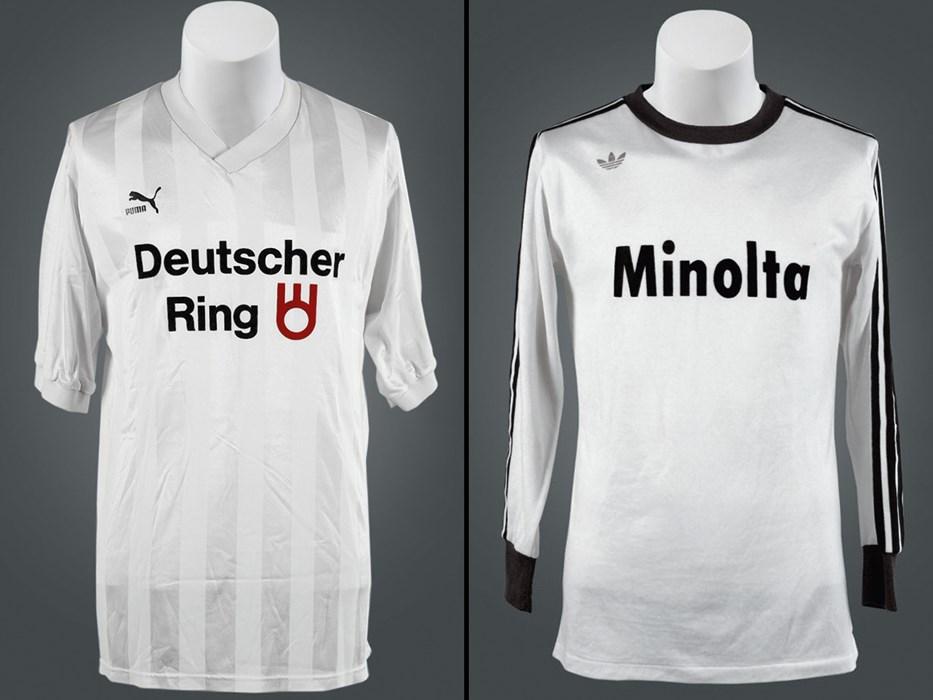 Erstligareif: In diesen Trikots spielte der FC St. Pauli 1977/78 (rechts) und 1988/89 (links) im Fußball-Oberhaus. Fotos: Andrea Plagemann