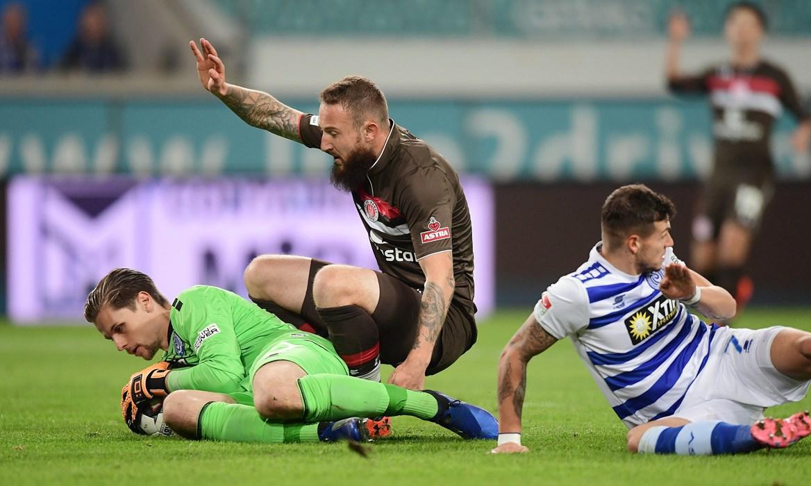 The best chance of the first half – Mesenhöler denies Knoll.