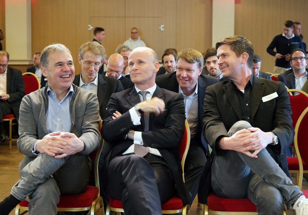 Bestens gelaunt bei der 5. Konferenz Fußball & Ökonomie: Andreas Rettig, Joachim Pawlik und Ralf Becker (v.l.n.r.):