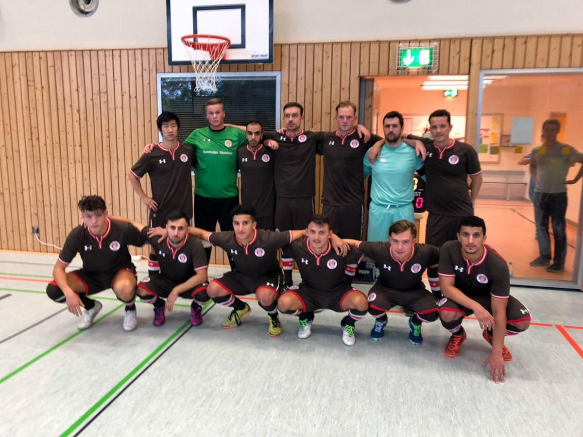 In den verbleibenden drei Ligaspielen wollen unsere Futsaler ihren zweiten Platz verteidigen, denn dieser bedeutet die Qualifikation zur Endrunde um die Deutsche Meisterschaft.