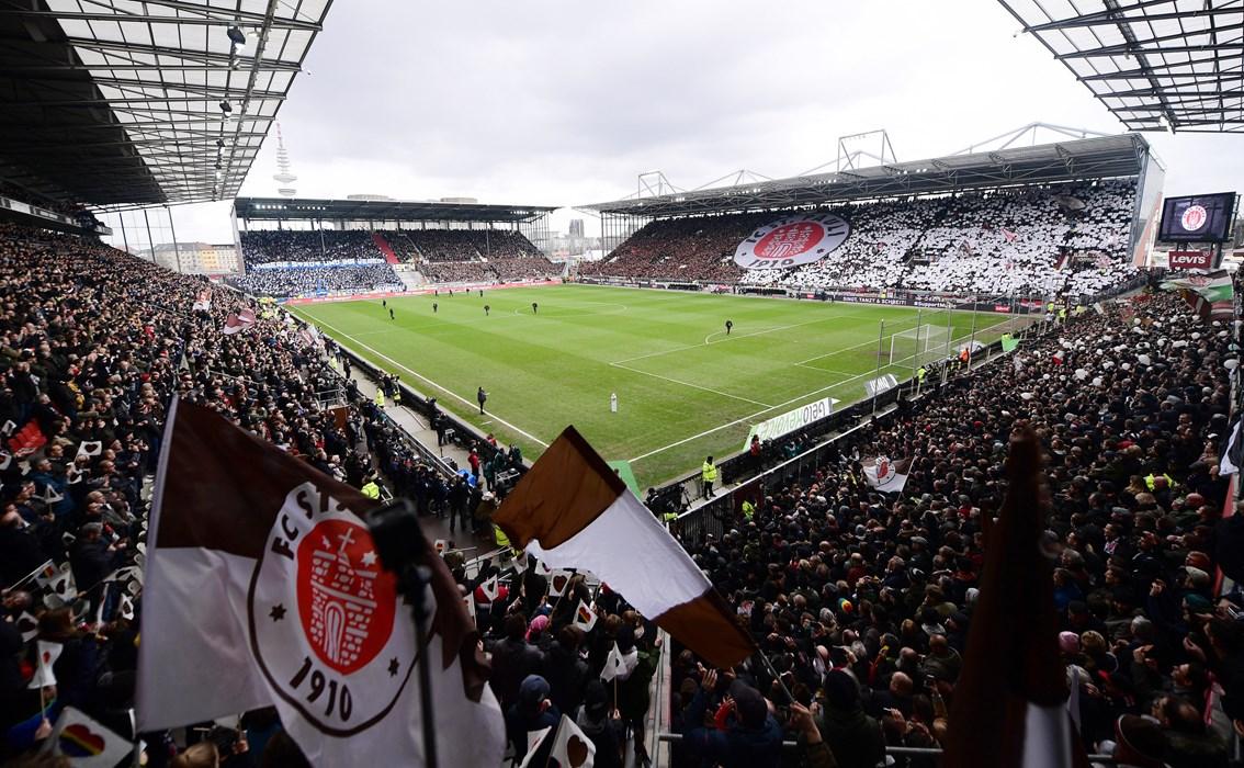 17 Heimspiele, 16 Mal ausverkauft - das Millerntor belegte in puncto Auslastung den ersten Platz in der Saison 2018/19