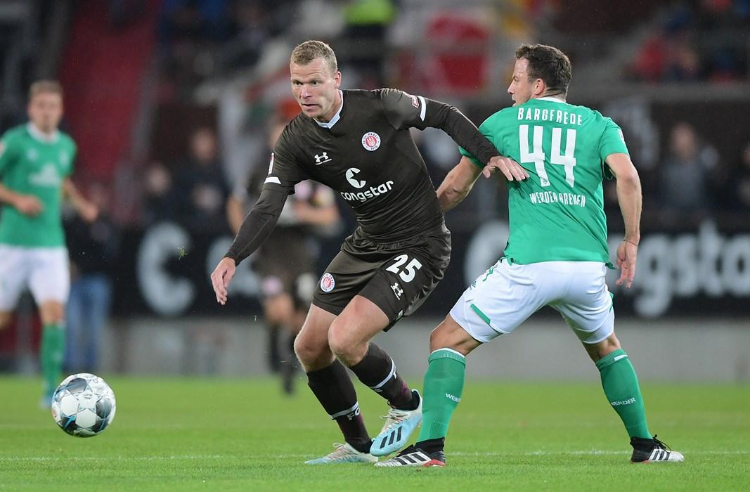 Henk Veerman verpasste bei seinem Comeback kurz vor der Pause einen Treffer.