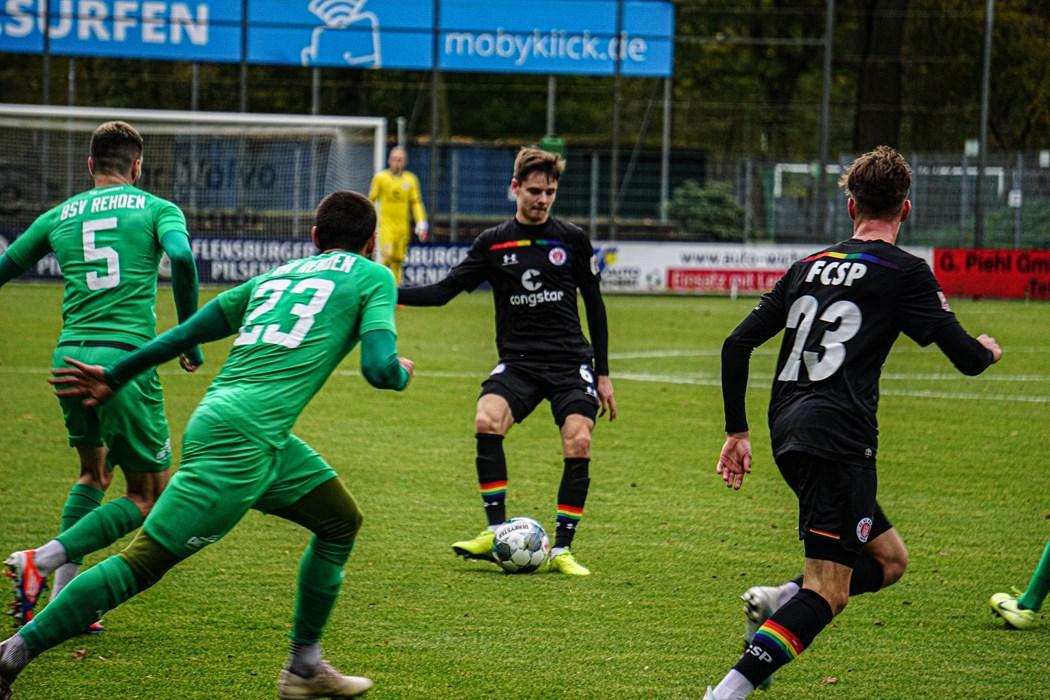 Das Selbstvertrauen mit in die Rückrunde nehmen. Jacob Münzner (l.) sucht U23-Teamkollege Christian Viet (r.).