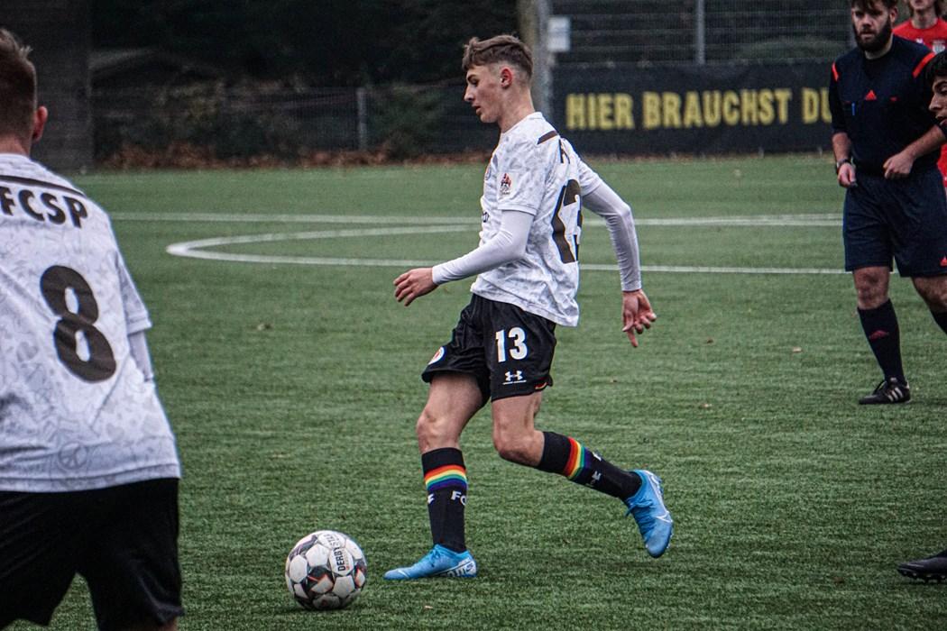 Samed Skrijelj und die U16 sind zum Auftakt in Meppen gefordert.