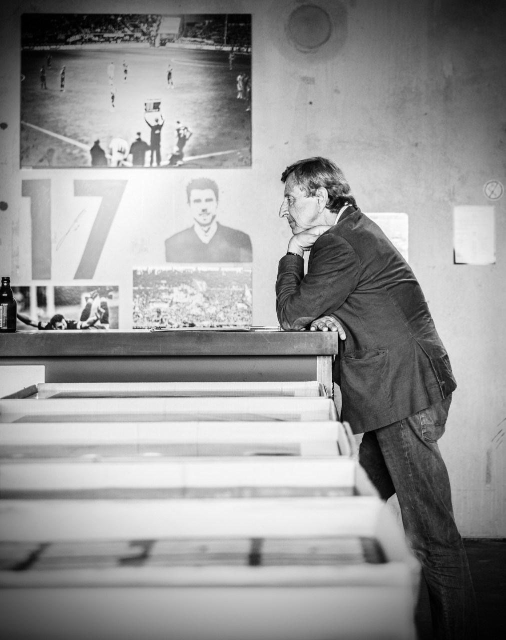 1910 e.V.-Vorstandsmitglied Tjark Woydt (verstorben im Dezember 2019) im Museumsfoyer: In Gedanken und Herzen vieler Menschen wird er auch bei der Eröffnung der Dauerausstellung dabei sein.