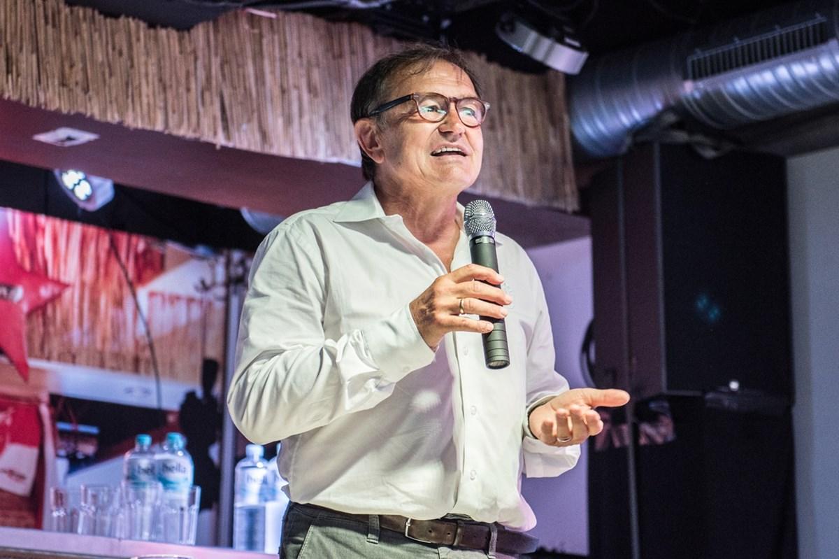 Zu Gast bei am Donnerstag (16.1.) ist auch Ewald Lienen (hier bei einer Veranstaltung im FC St. Pauli-Museum).