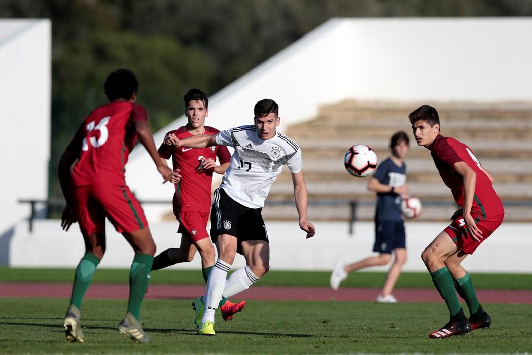 Igor Matanovic im Spiel gegen Portugal (Foto: ©DFB/Getty Images).
