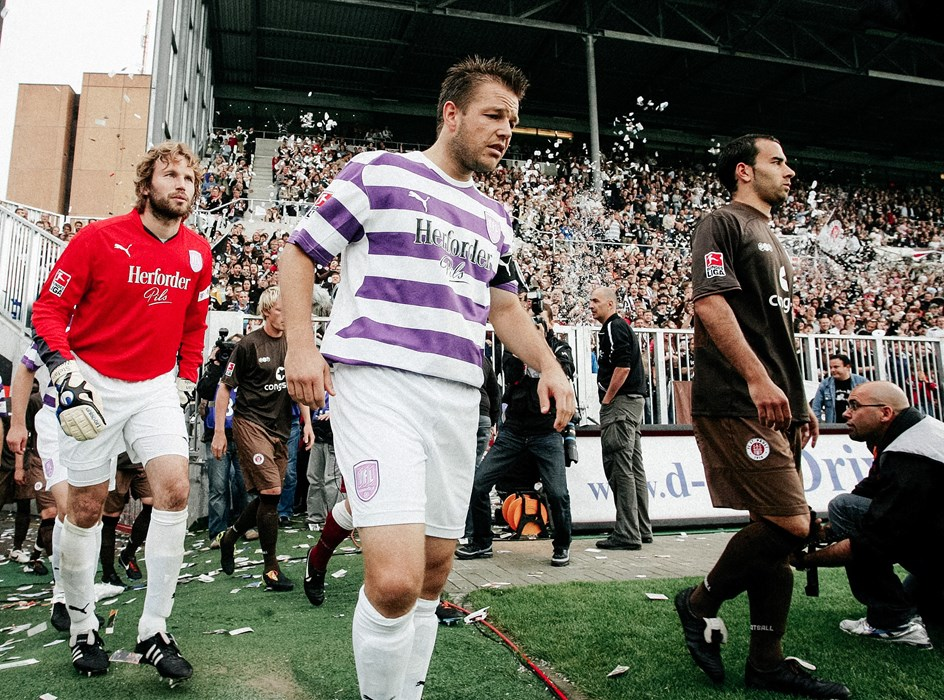 The last competitive fixture against VfL Osnabrück at the Millerntor in summer 2008.