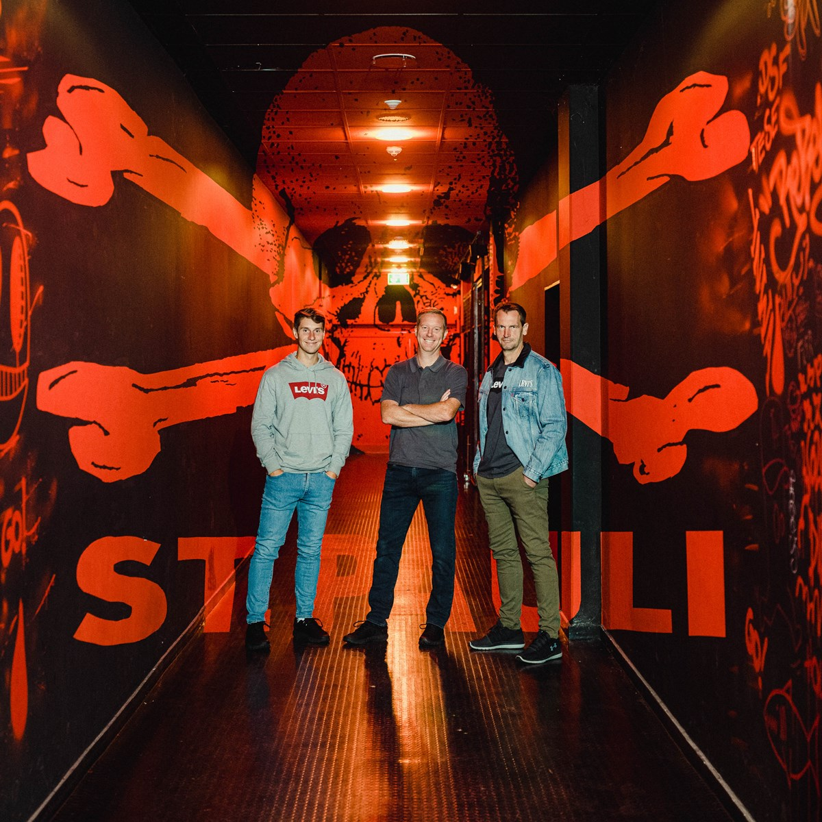 V.l.n.r.: Co-Trainer Loïc Favé, Cheftrainer Timo Schultz und Torwarttrainer Mathias Hain.